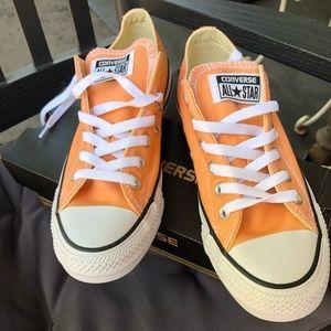 Peach converse all stars